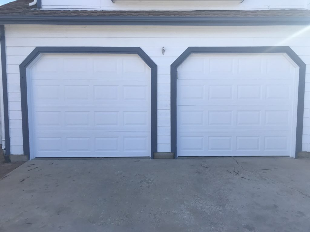 Amarr Stratford Garage Doors / Sherwin Williams Paint