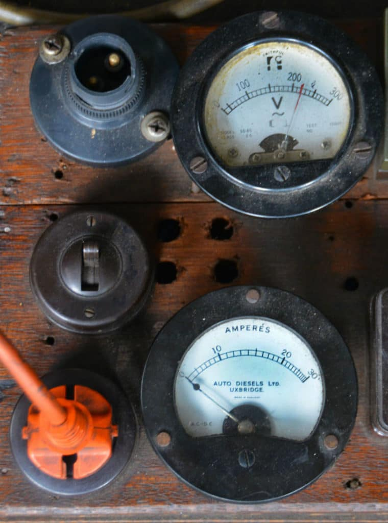 Retro electrical meter local electrician