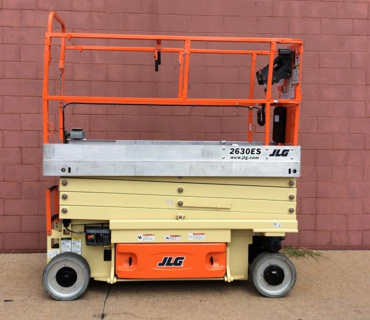2010 JLG 2630ES