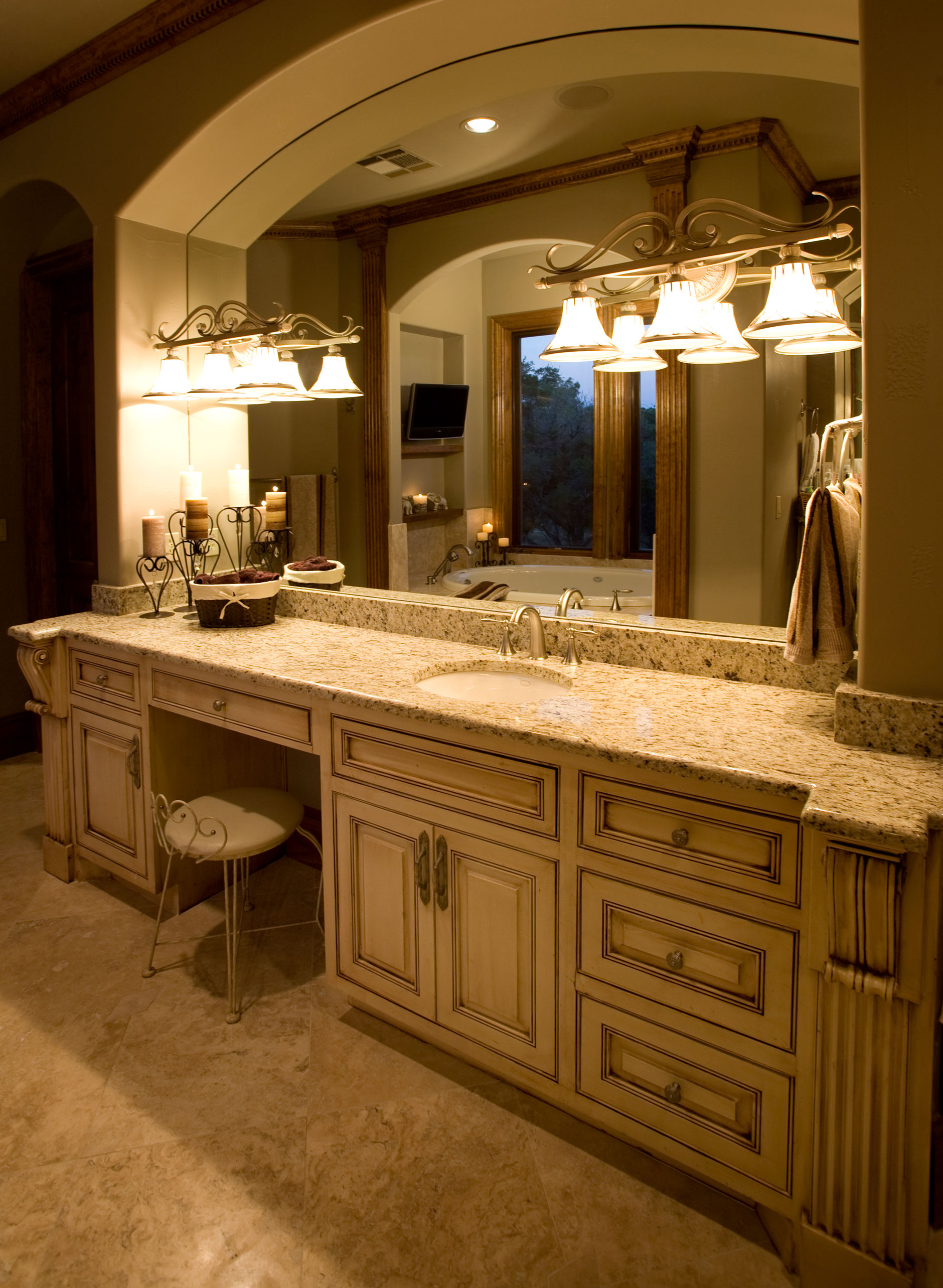 Bathroom cabinet 5 shown with M101, M4, RP1 cabinet doors