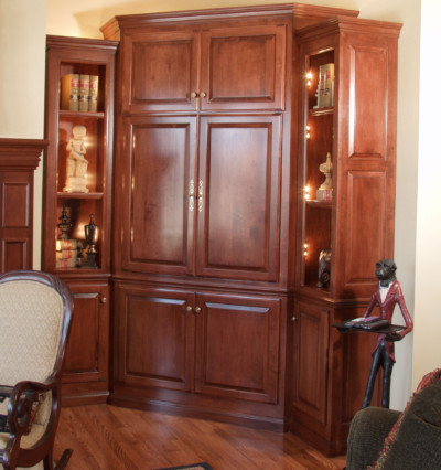 Corner Media Center Cabinets Shown With C101   OE8, IE1, RP6 Cabinet Doors