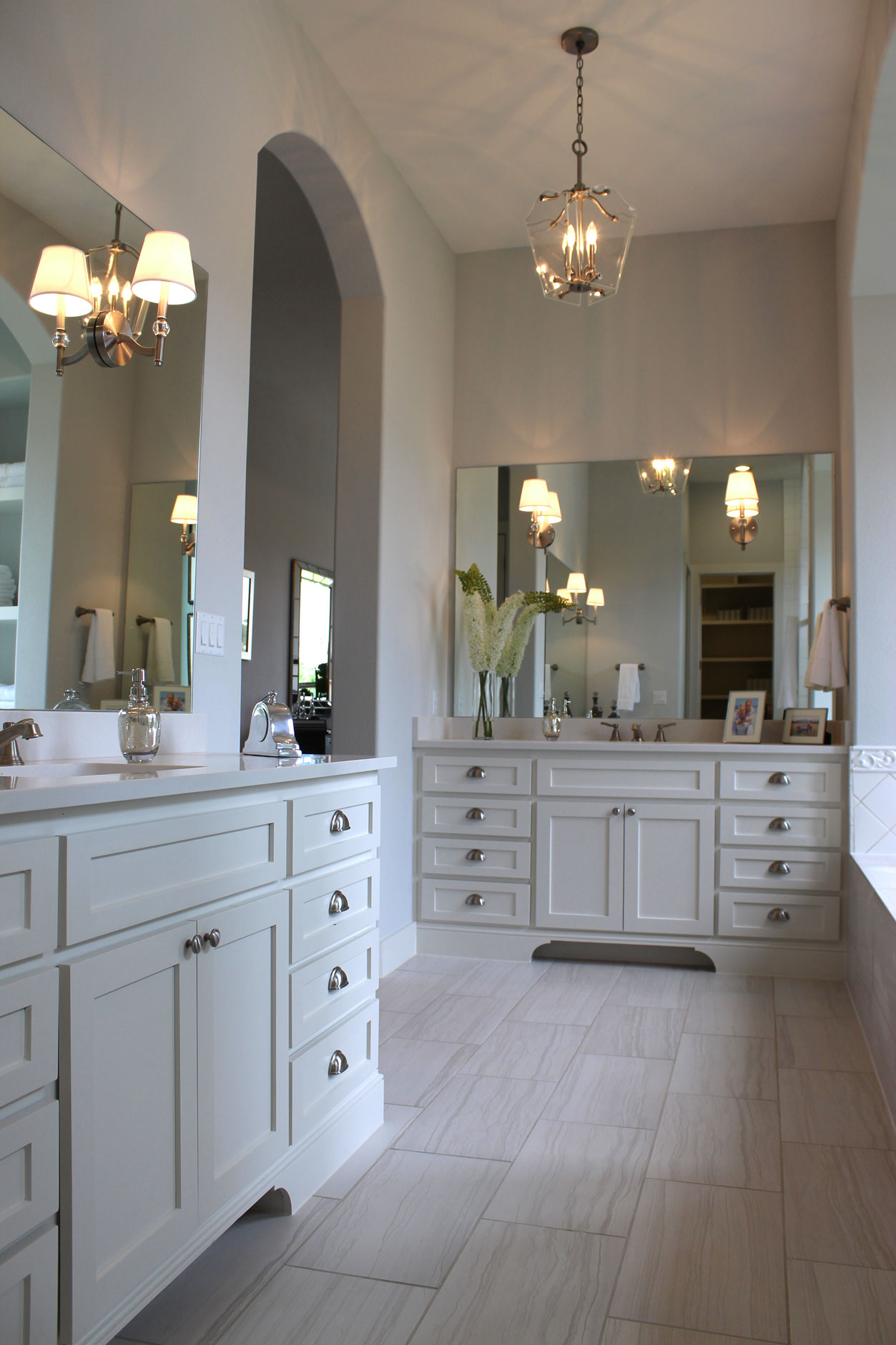 Master bath cabinets with C101 OE5, IE5, FP1/4 cabinet doors in Paint Grade Maple