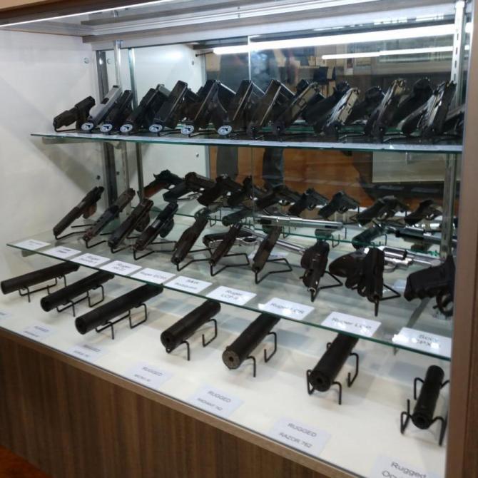 Gun Rental Counter