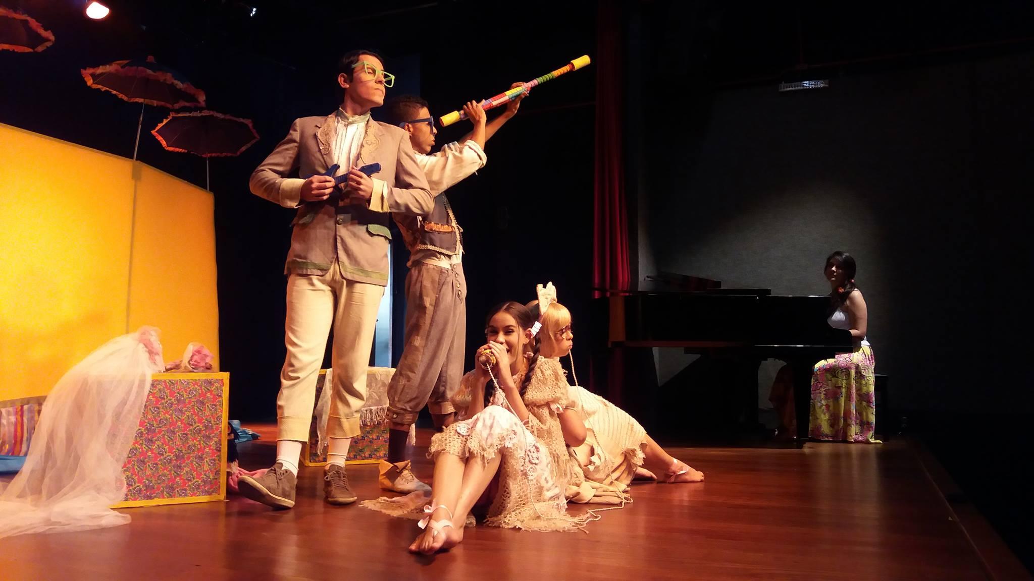Festto Festival Nacional De Teatro De Teófilo Otoni