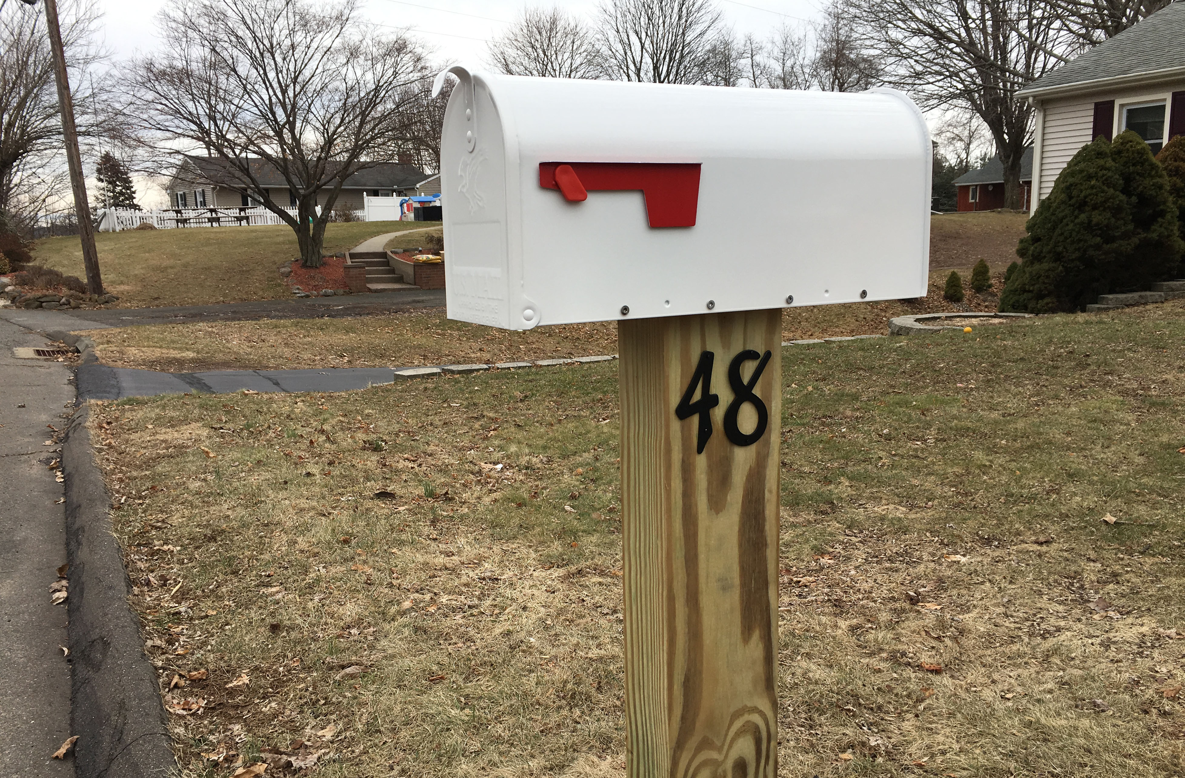 White Mailbox Installation Option on Post