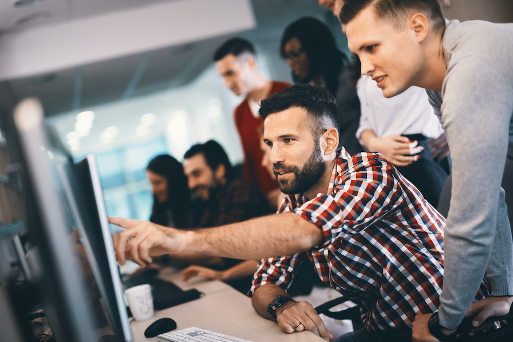 A arquitetura de software e a estruturação de marketplaces - Capa