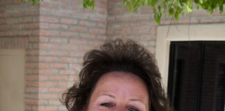 Wendy McGee - Team Processor