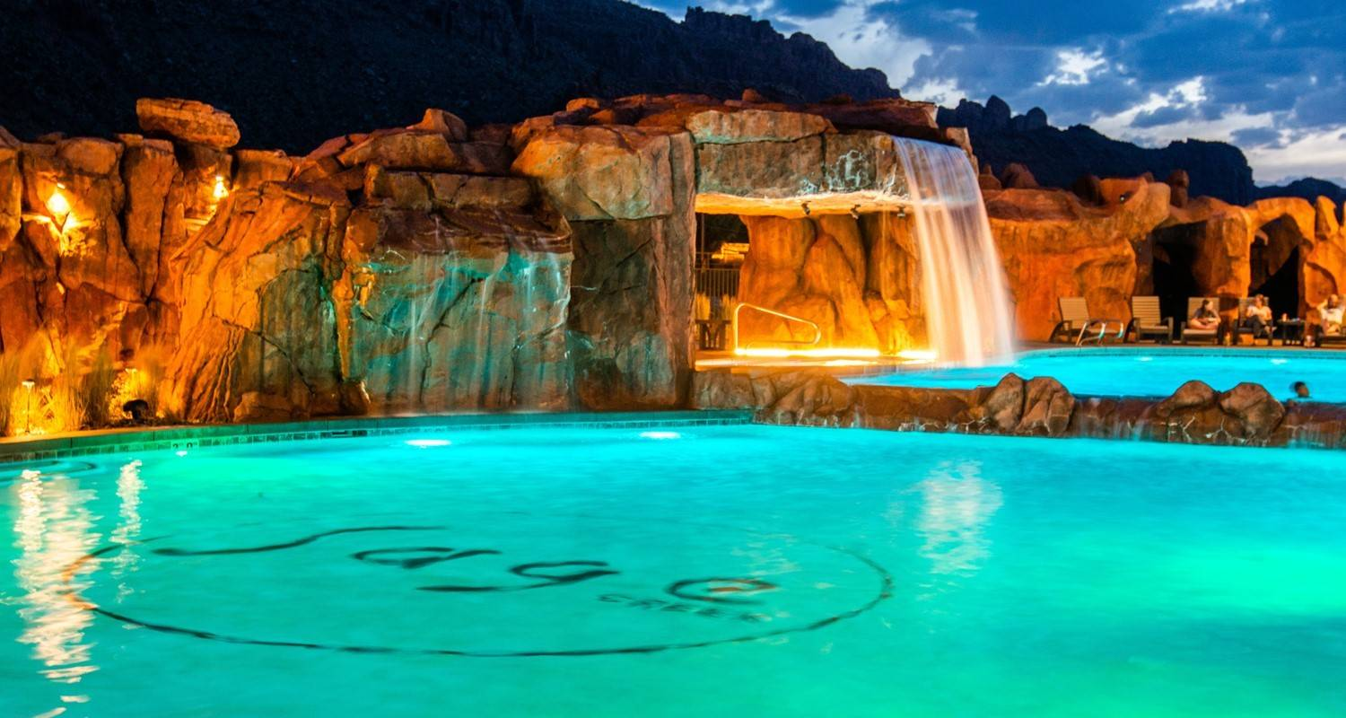 UNMATCHED RESORT STYLE POOL