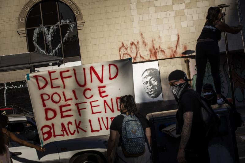 defund-police