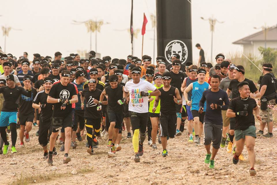 Youth and Sports Minister Khairy Jamaludin leading the pack for the Spartan Race Malaysia. Photo from Spartan Race MY