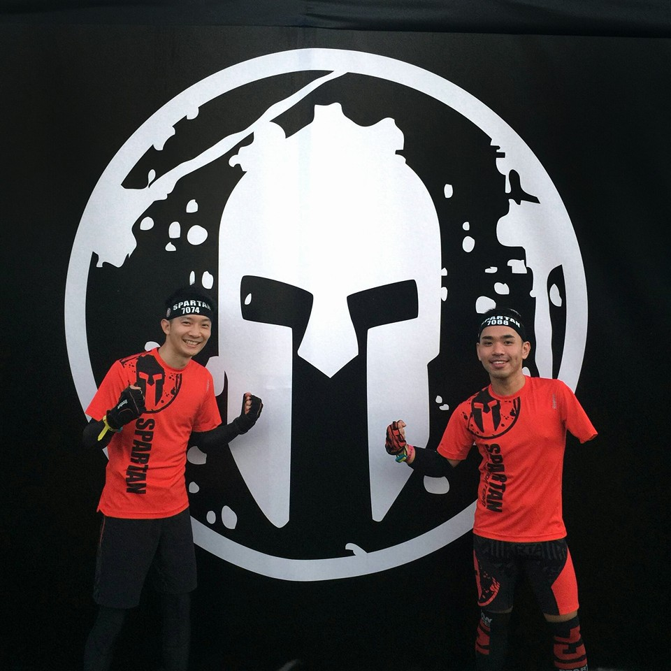 CK Loh right) and Moon teamed up at the Spartan Race Singapore. . Photo from Facebook/CK Loh