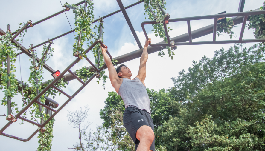 Hansen Lee, Under Armour's Brand Athlete putting his muscles to work at the Marudi Crossing
