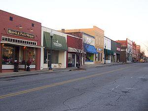S. 8th Street in Opelika, Alabama
