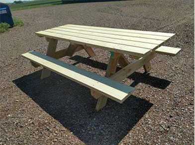 Swedes Picnic Table Rental