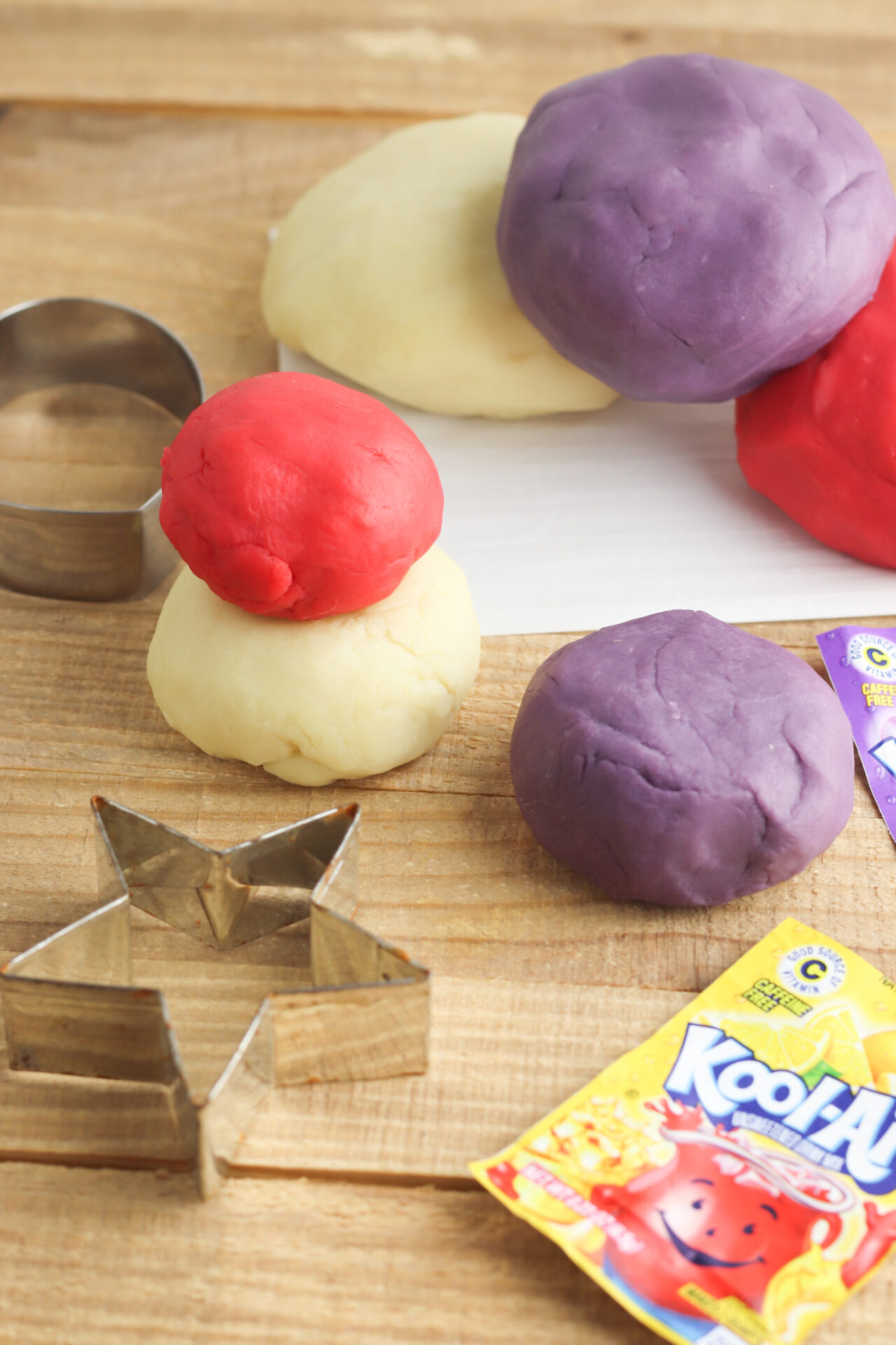 How To Make Kool-Aid Playdough