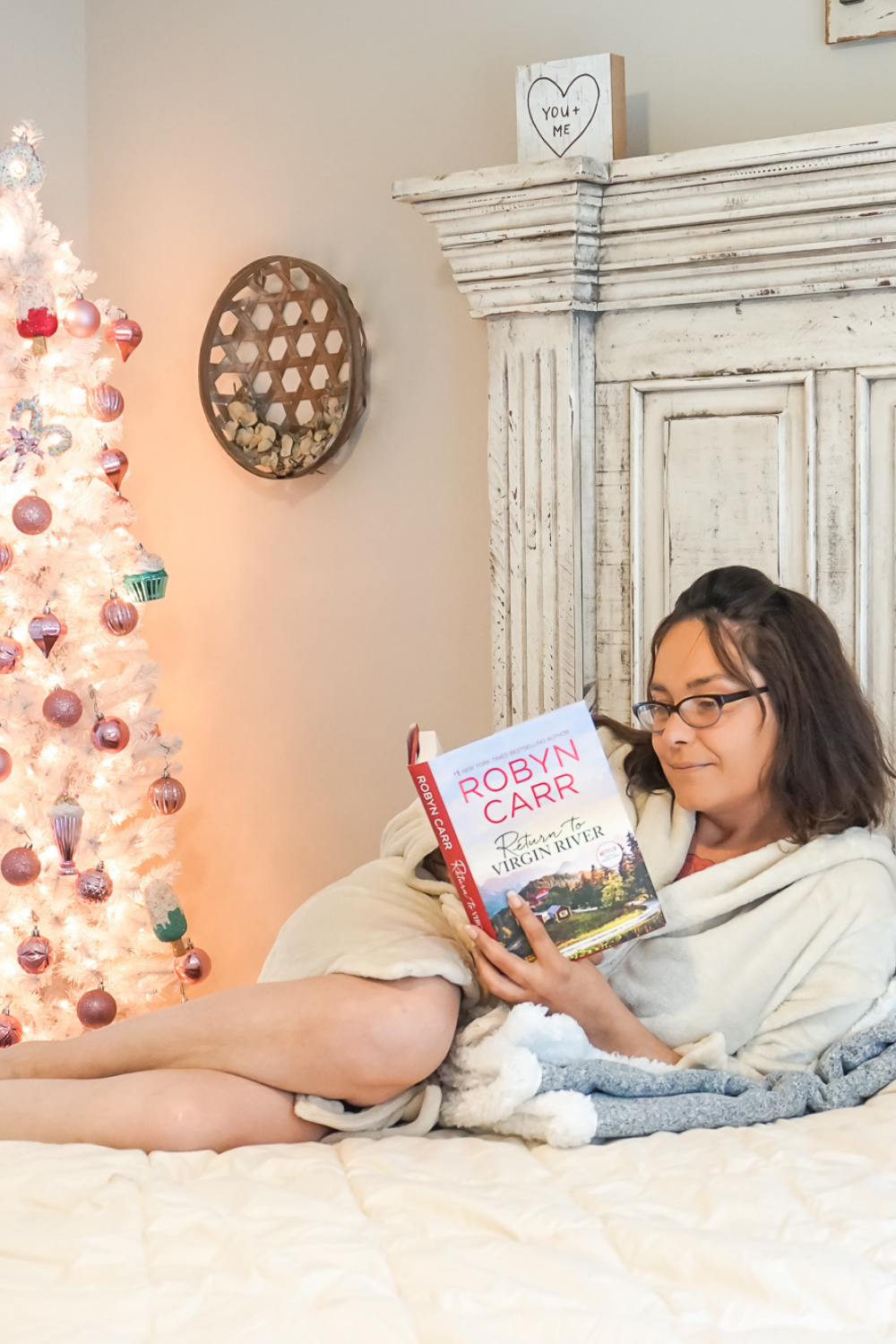 4 Amazing Books For Any Women This Holiday Season