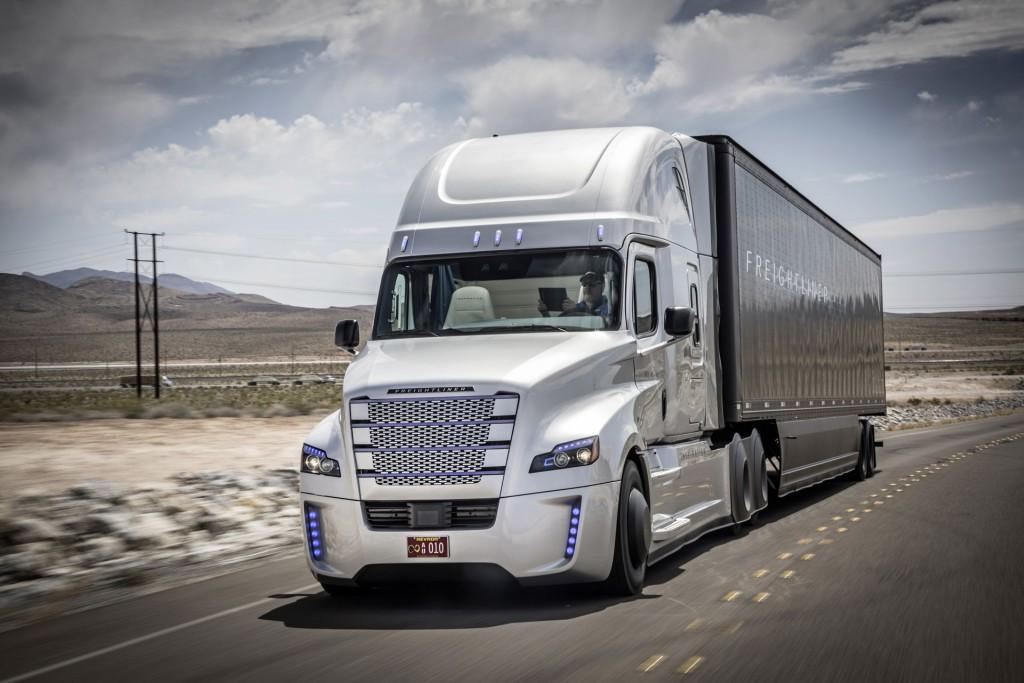 freightliner-inspiration-truck-self-driving-truck-concept_100509796_l