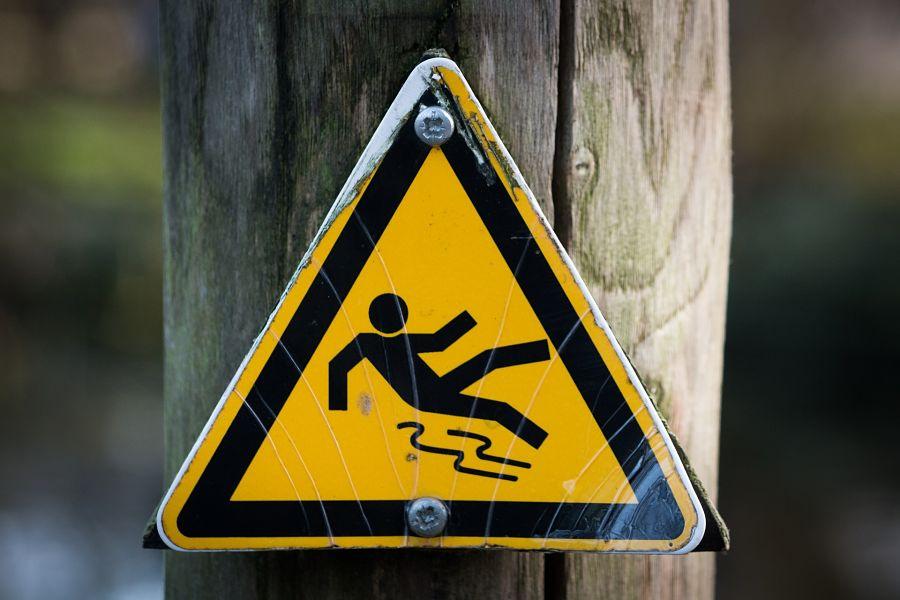 Atlanta slip and fall lawyer, slip and fall sign