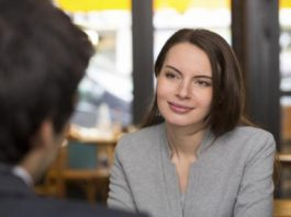 7 Tips For An Introvert To Approach People