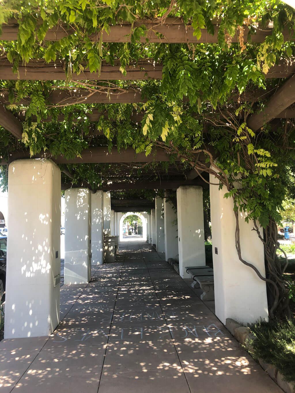 Lavender Inn: Ojai Village