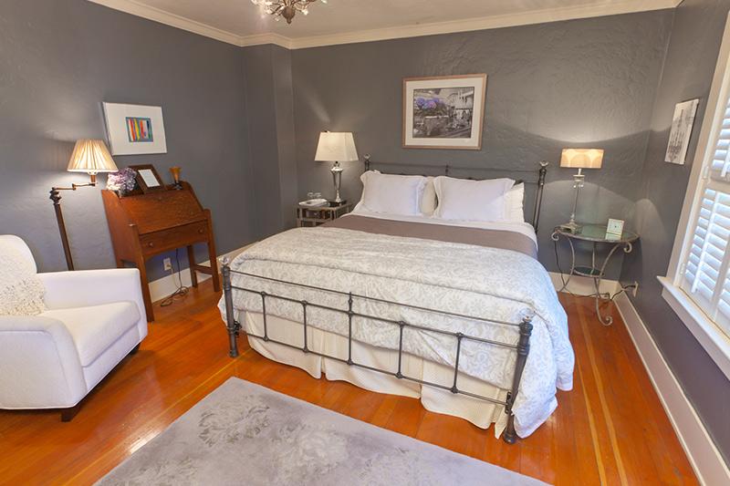 Pink bedroom at Ojai, CA/Lavender Inn, bed and breakfast