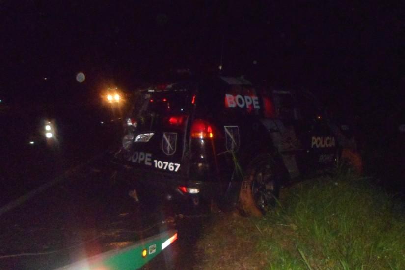 Photo of Viatura da Polícia Militar capota na BR-277 em Morretes