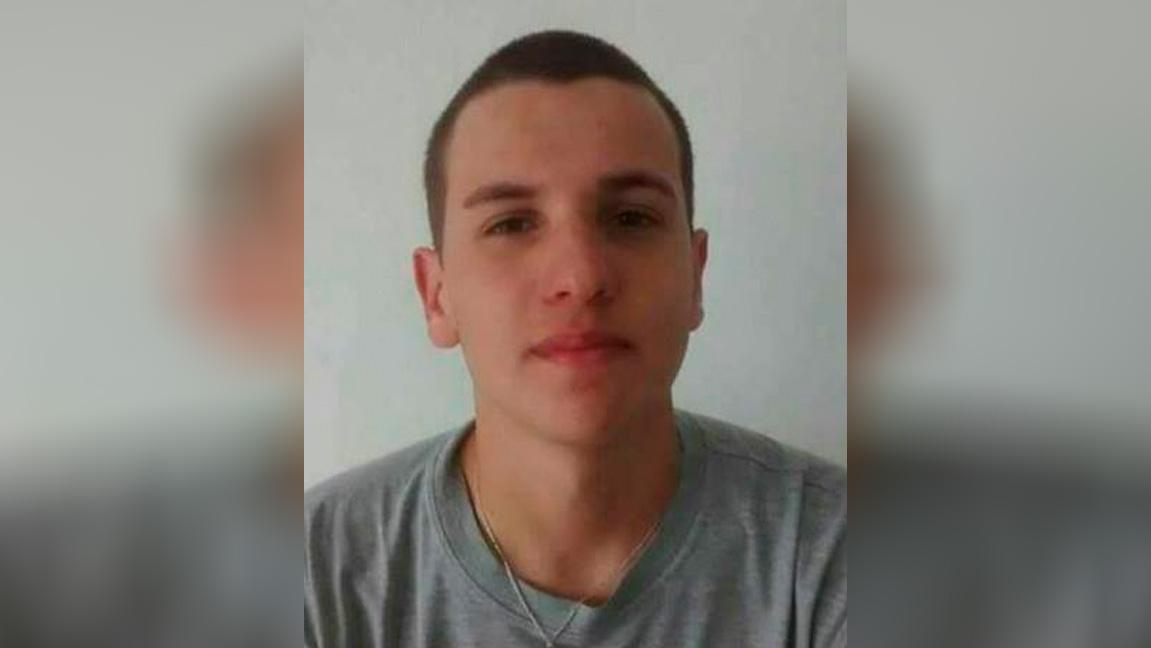 Photo of Policiais são presos pela morte de jovem em Guaratuba