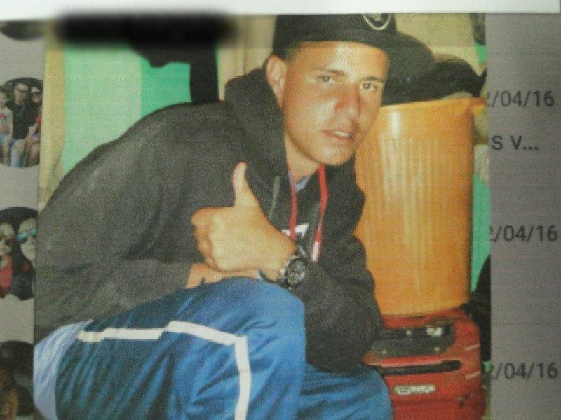 Photo of Assaltante de Paranaguá usa foto dele no WhatsApp da vítima