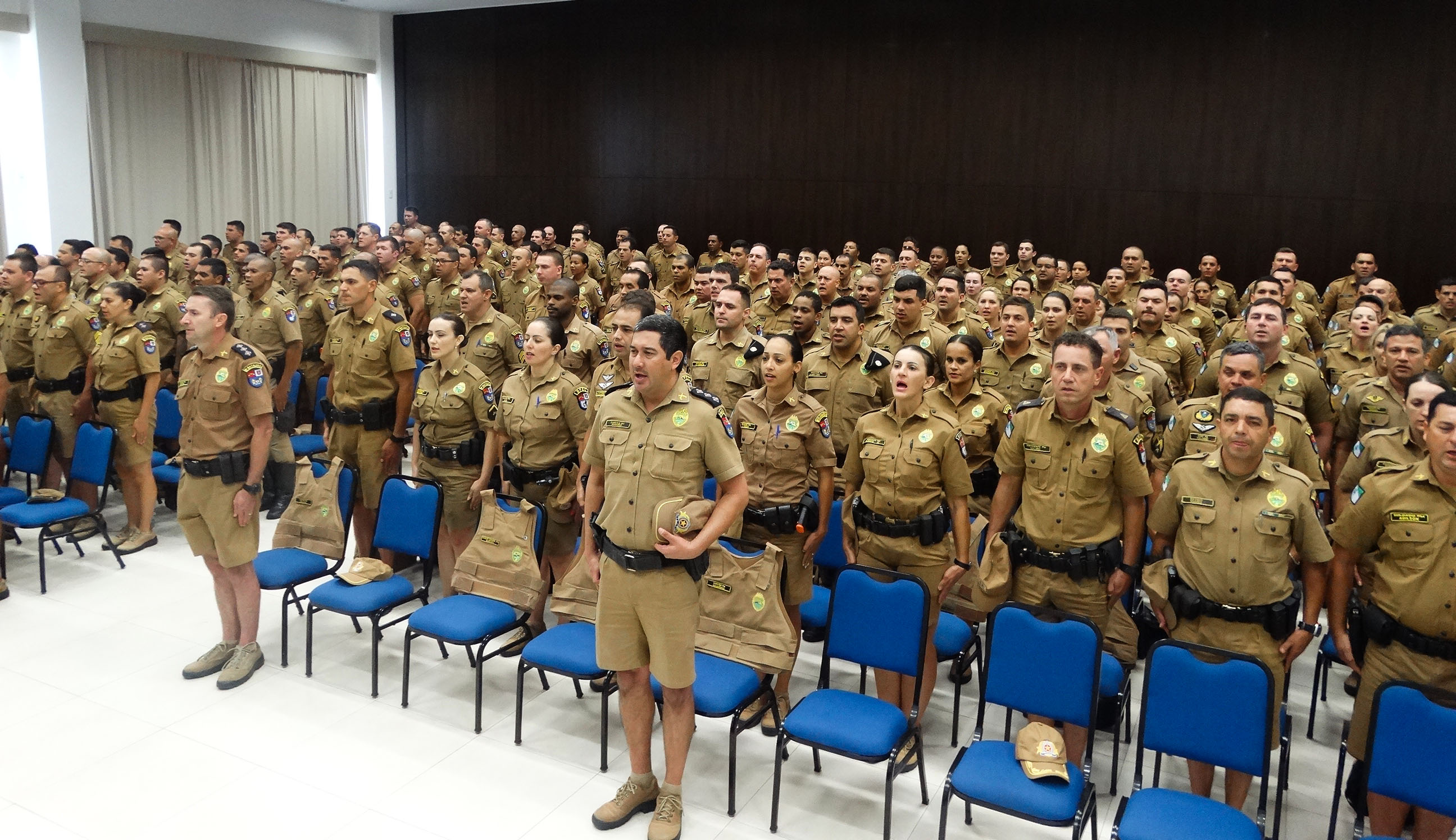 Photo of Comando agradece policiais militares da Operação Verão