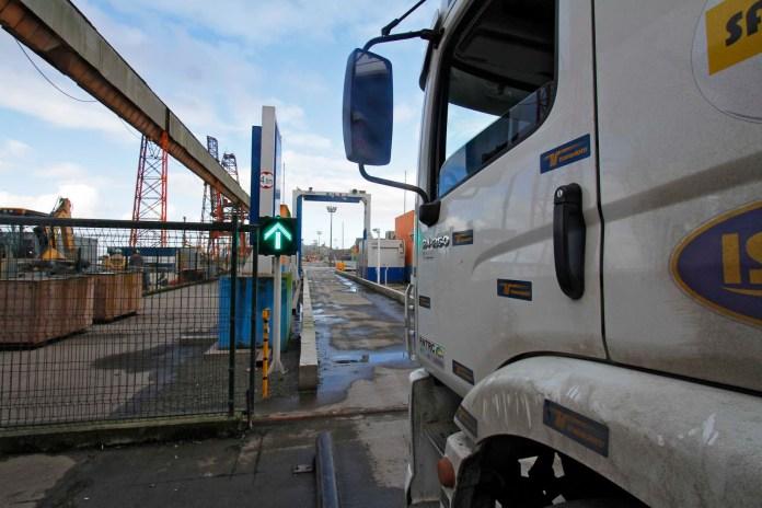 Photo of Má utilização de equipamento atrasa liberação de cargas em Paranaguá