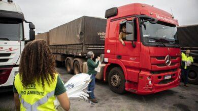 Photo of Porto em Ação leva serviços gratuitos aos caminhoneiros em Paranaguá