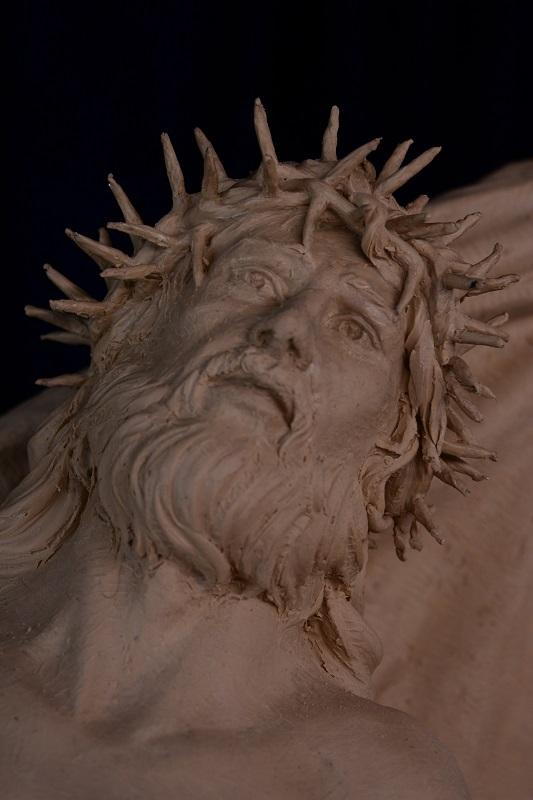4. Jesus clay fab268