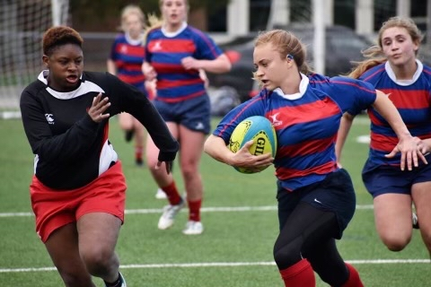 Natalia Oliveri playing rugby