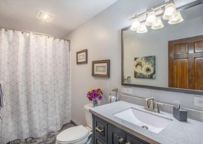 GroveBluff Bathroom