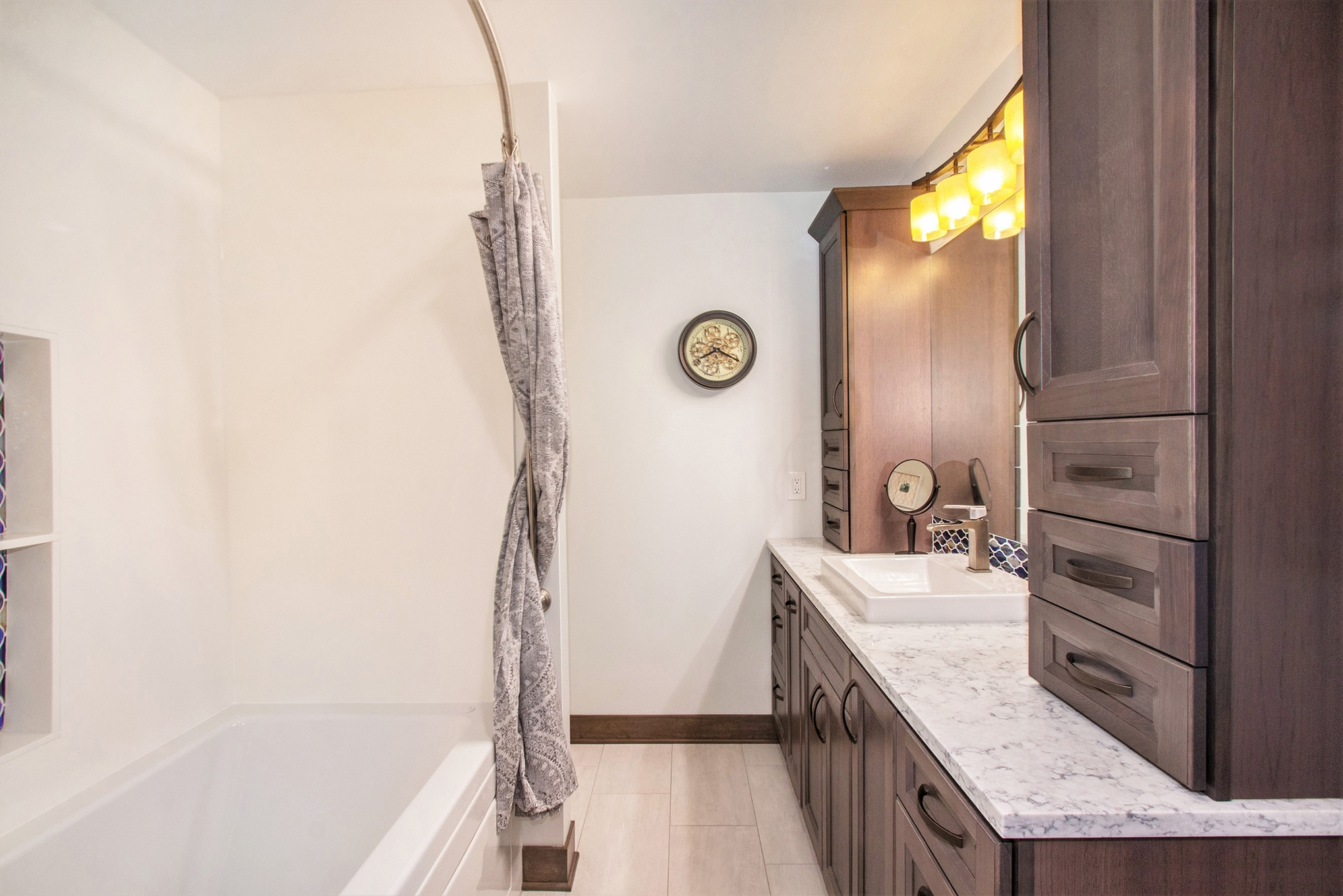 Pratt Lake Bathroom Vanity With Cabinets