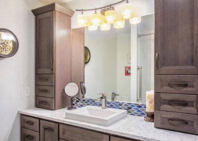 Pratt Lake Vanity and Cabinets
