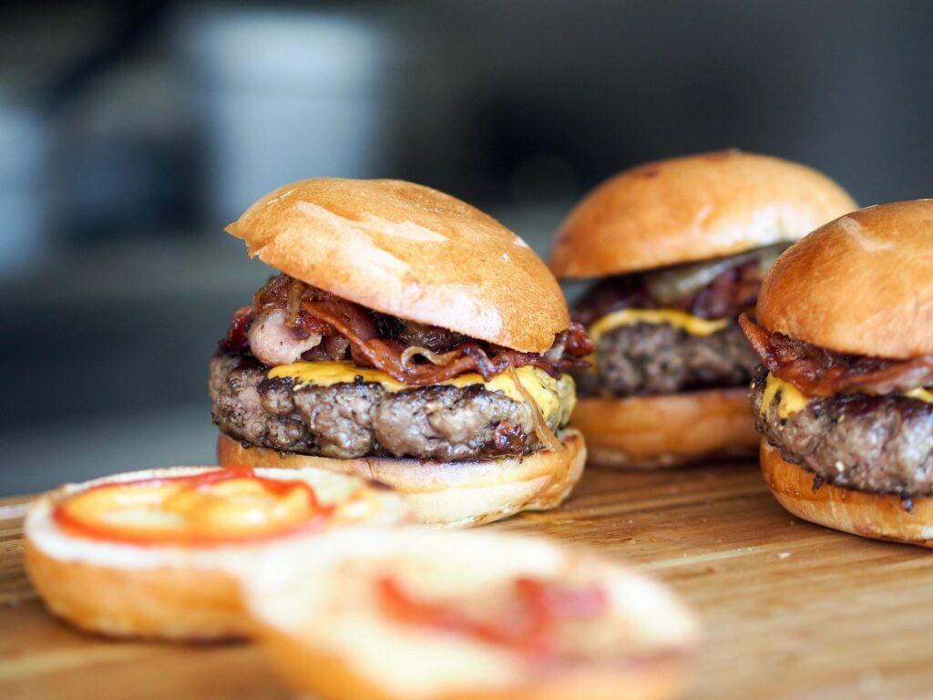 Bar food burger