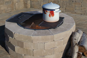 Olde English Round Barbeque & Fire Pit Kit