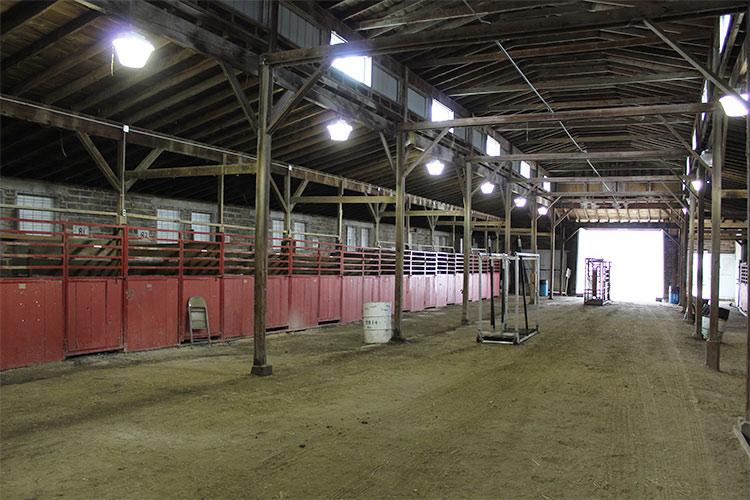 horse barn6