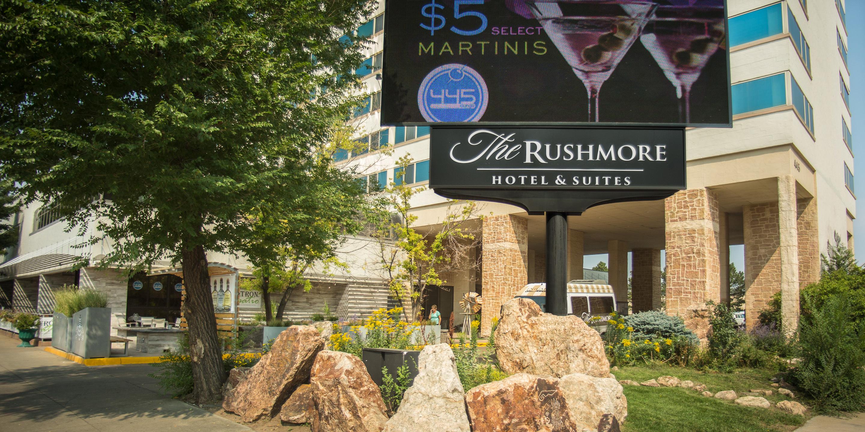 The-Rushmore-Hotel-Mt-Rushmore-Road