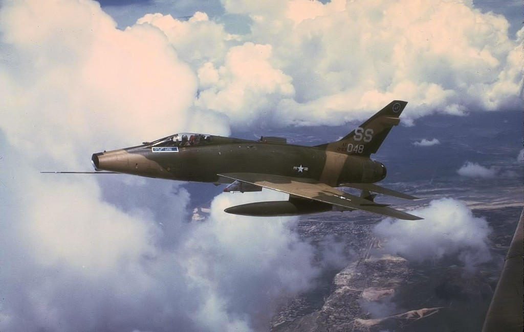 F-100D, 56-3048 In Flight