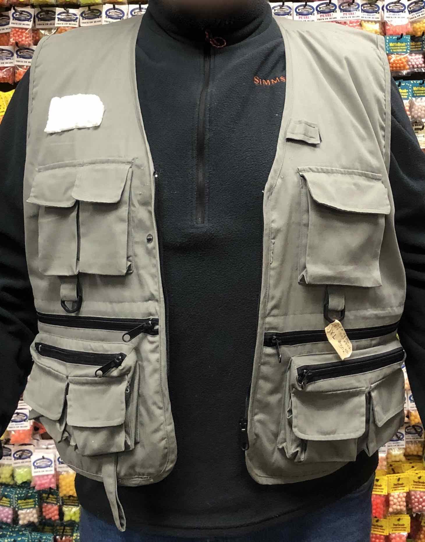 Fishpond Steelhead Vest - Size XL - GREAT SHAPE! - $30