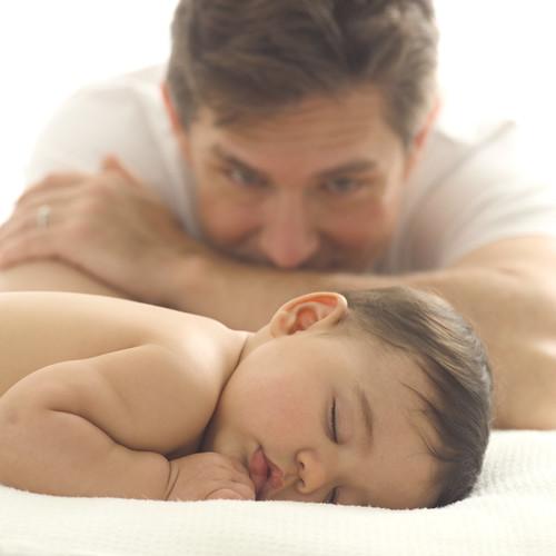 Father Watching His Infant Sleep | www.juliesaffrin.com