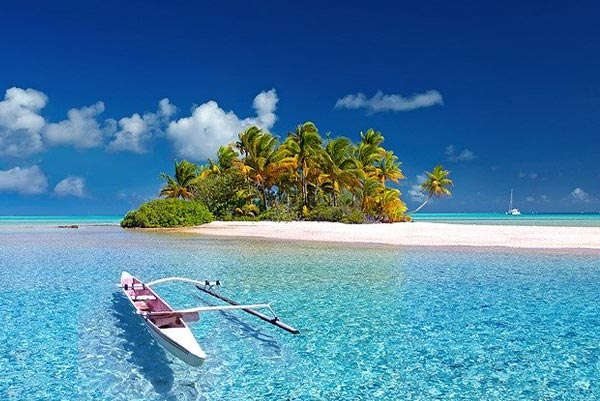Travel-Insurance-vs.-Expatriate-Insurance