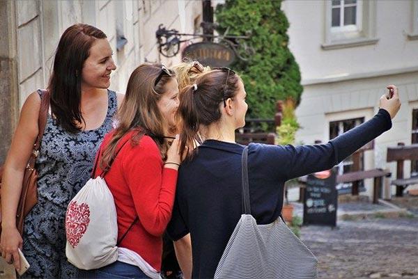 international-student-travel-advice