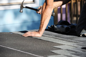 How do I find a good roofing company