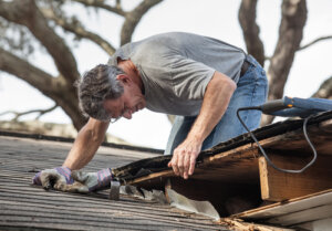 How do I know if my roof needs to be replaced
