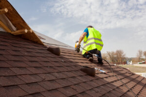 How do you know when the roof needs replacing