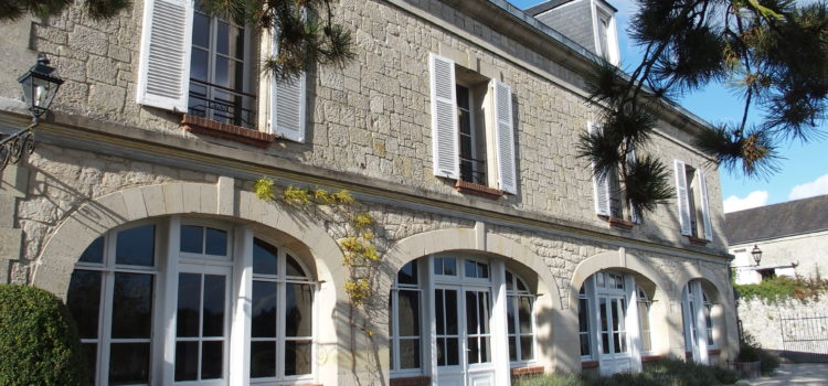 La Couronne – Casual Comfort in the French Countryside