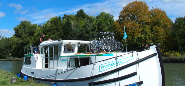 Boat Hike or Cycle the Canal de Briare